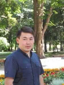 Yerlan_profile-225×300